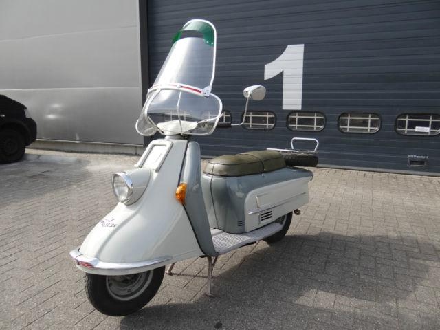 1961 heinkel tourist 103 a2 scooter futuristic straight. Black Bedroom Furniture Sets. Home Design Ideas