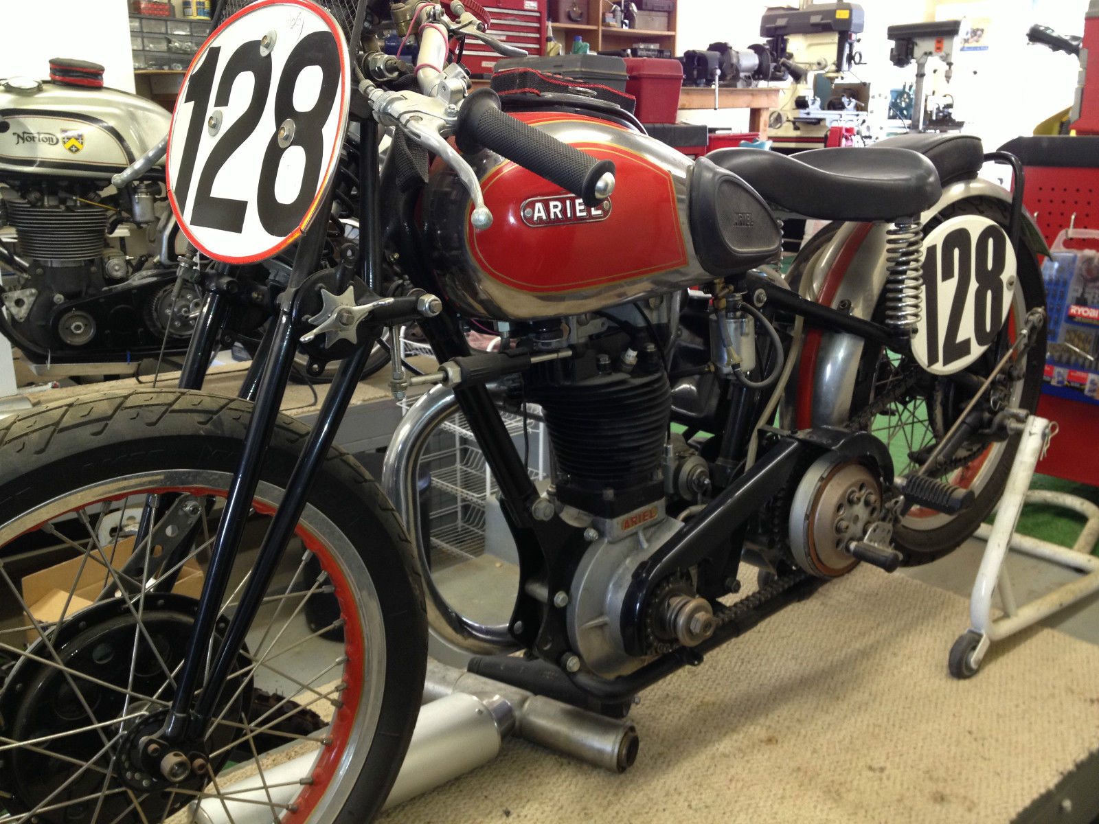 1938 Ariel Red Hunter 500cc single cylinder road race
