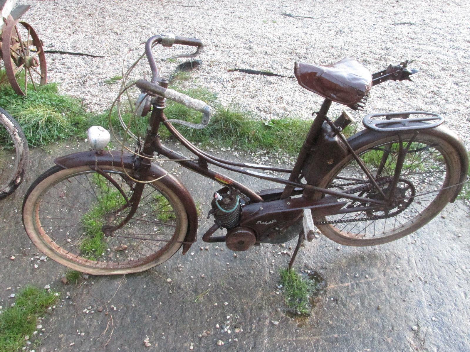 1954 motobecane av3 moped mobylette velosolex motor caravan french moped. Black Bedroom Furniture Sets. Home Design Ideas
