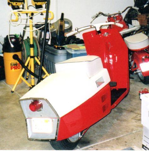 1961 Cushman Pacemaker Motor Scooter