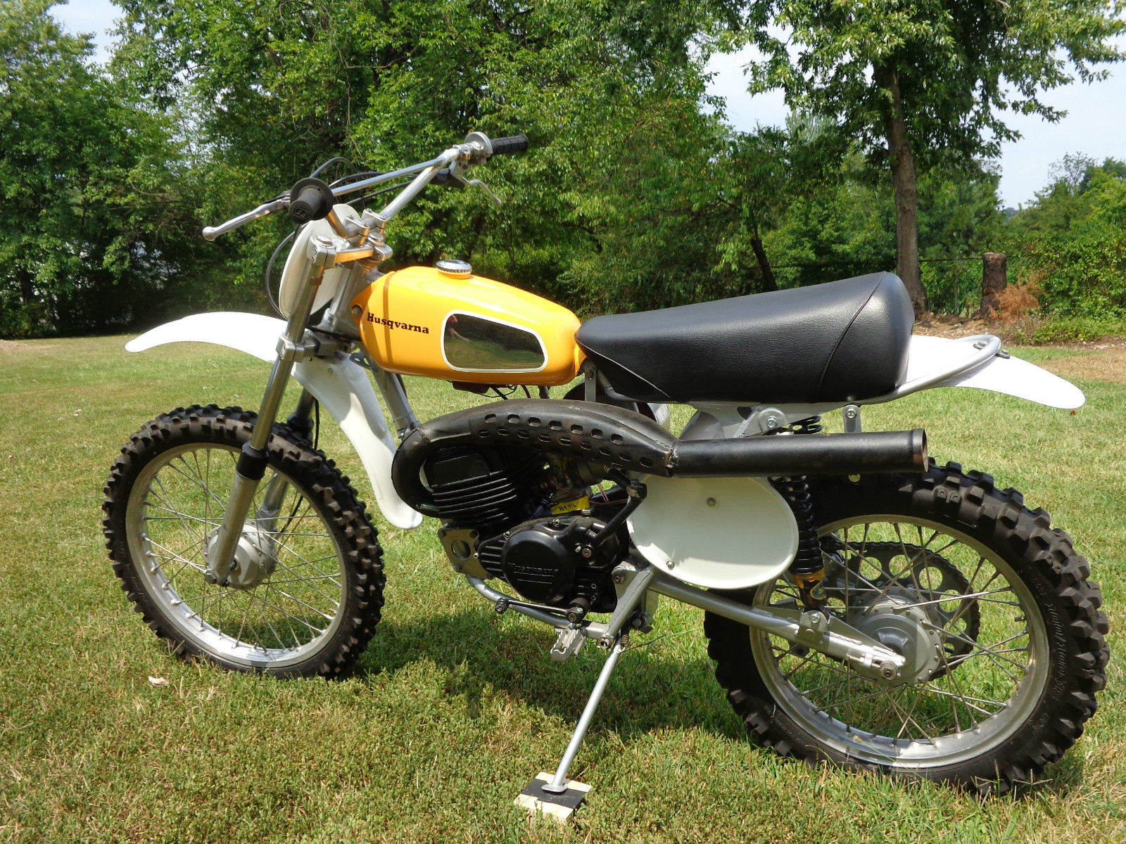 1973 husqvarna 125 cr. Black Bedroom Furniture Sets. Home Design Ideas