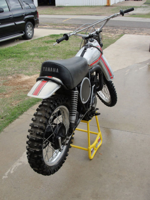1974 yamaha yz250 tank strap bike vintage original race bike for Yamaha tyler tx