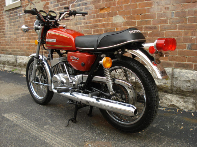 1976 suzuki gt250a only 8984 miles nice condition. Black Bedroom Furniture Sets. Home Design Ideas