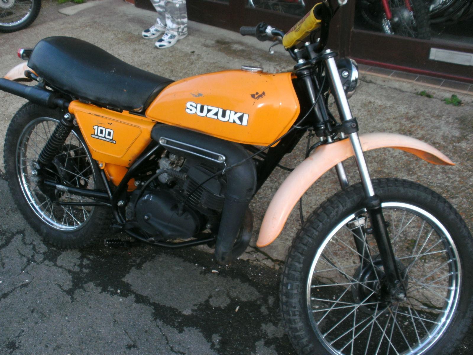 1977 Suzuki Ds100 Ts100 Off Road Twin Shock Trail Bike