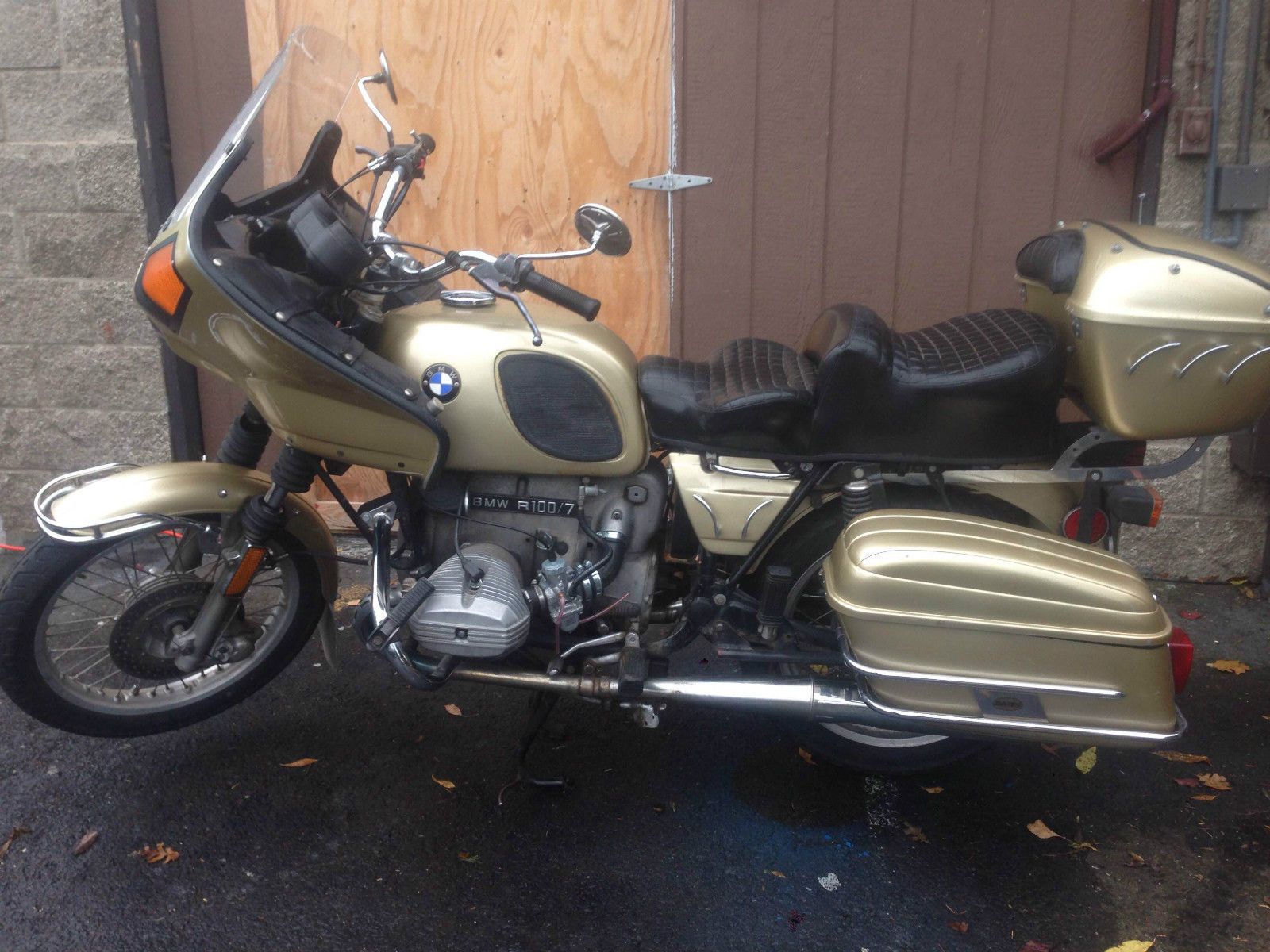 Bmw R Airhead Touring Motorcycle Gold R on Bmw Motorcycle Airhead Engine