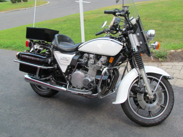 1980 KZ1000 Police CHiPs Motorcycle