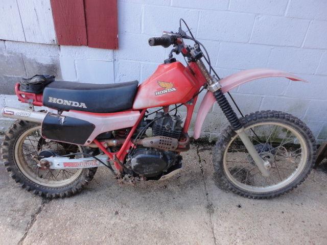1981 Honda XR20r xr 250 xr250 xr 250r complete ready to restore engine runs