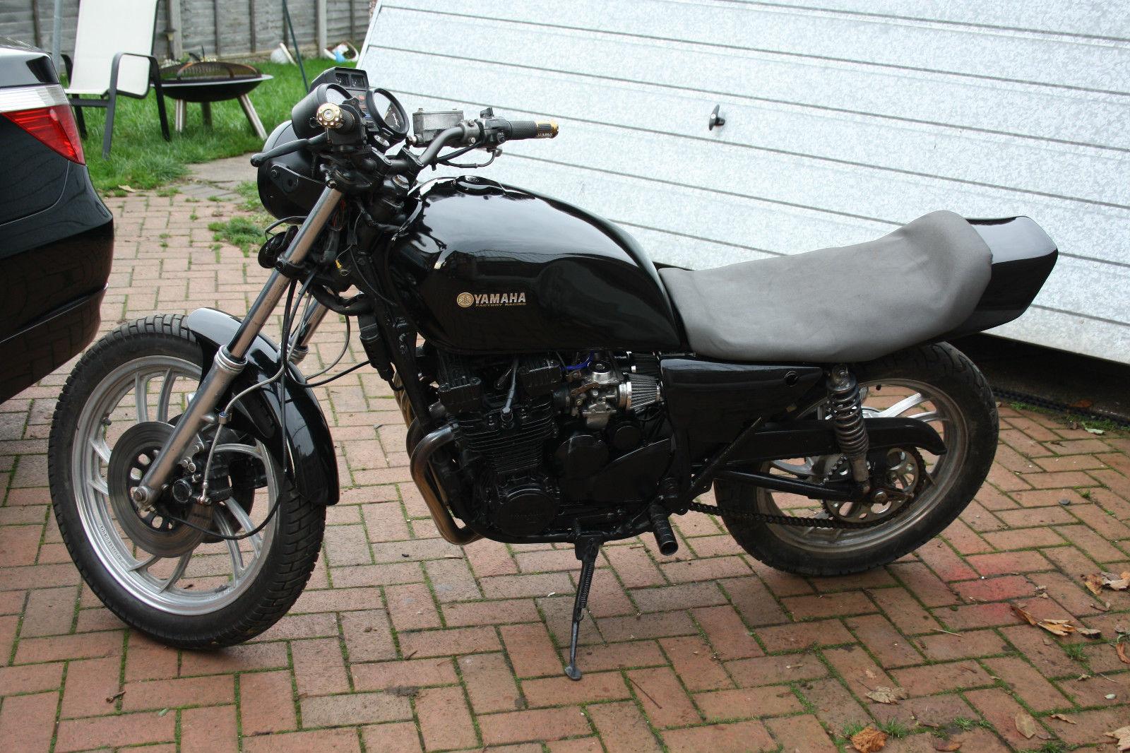 1981 yamaha xj550 black cafe racer  flat tracker  twin shock xj550 service manual yamaha xj 550 repair manual