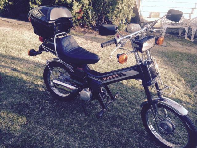 1982 Honda Urban Express Scooter Moped NC50