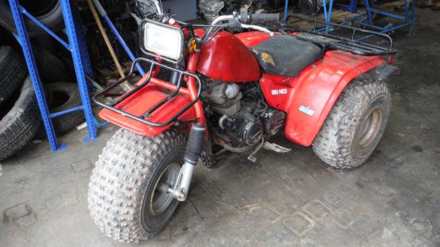 1985 HONDA BIG RED TRIKE THREE WHEELER 200cc   RUNS AND DRIVES   SPARES /  REPAIR