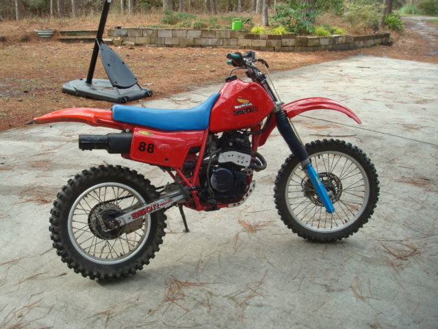 1985 Honda XR350 XR 350R vintage dirt bike/ enduro runs/rides great! XR350R