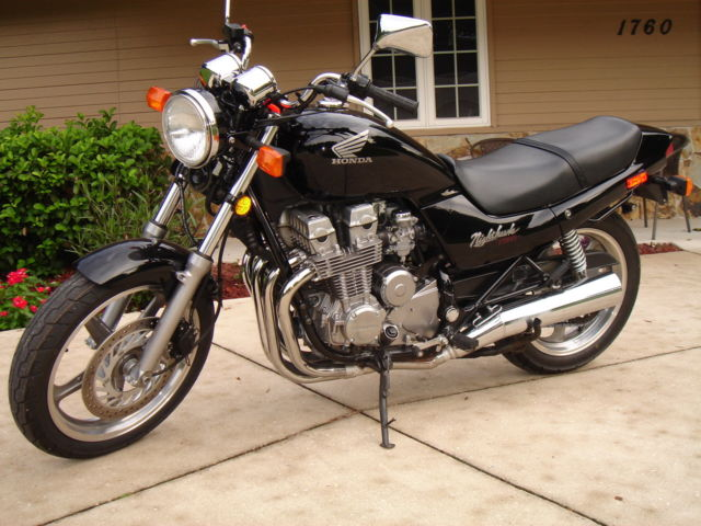 1993 Honda CB750 Nighthawk 750 - Only 5,685 Miles