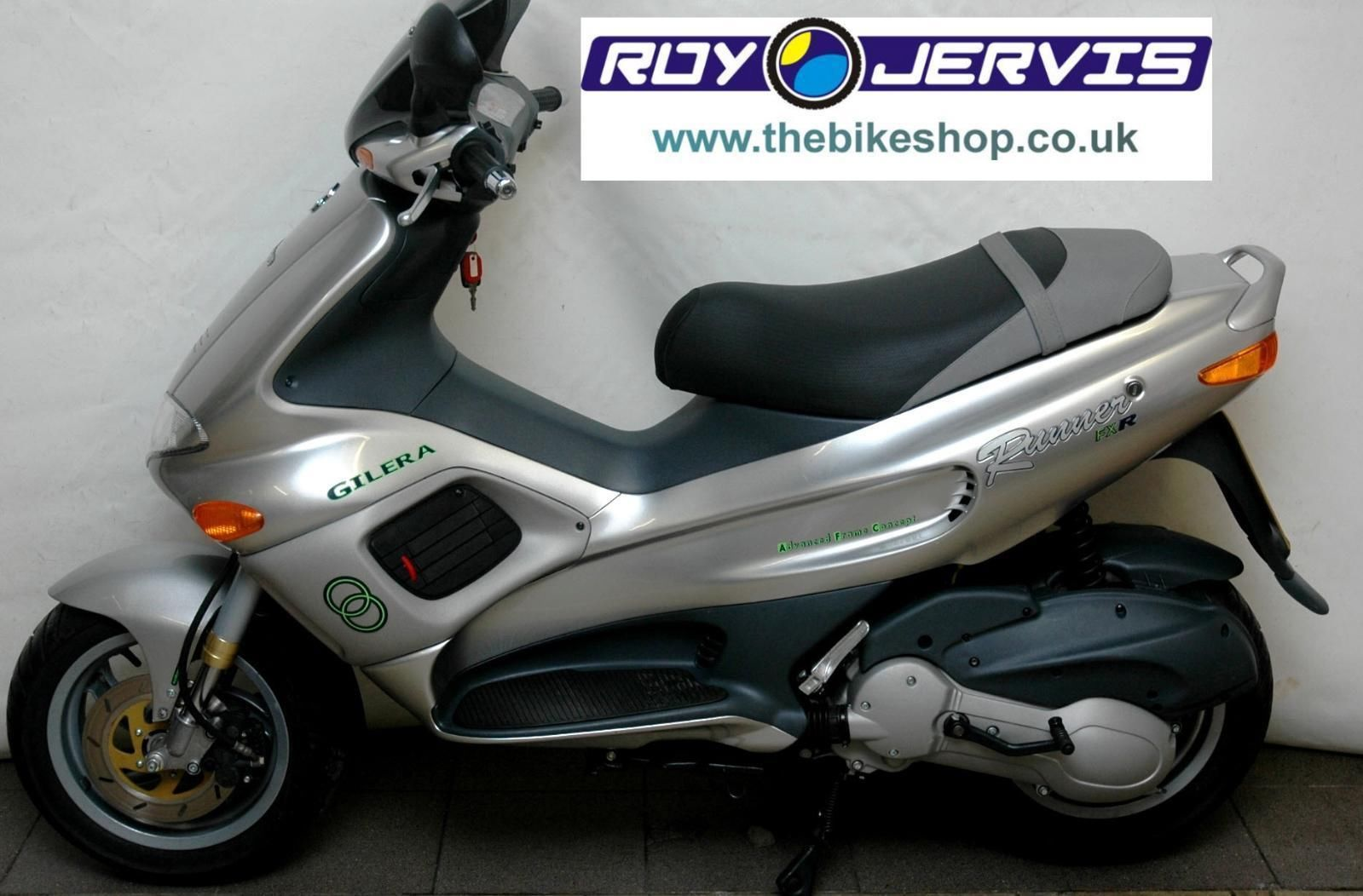 1999 t gilera runner 180 fxr 180cc scooter grey only 434. Black Bedroom Furniture Sets. Home Design Ideas