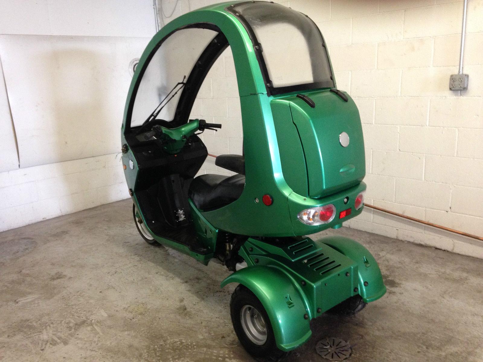 200 automoto 3 wheel enclosed gas 150cc scooter trike. Black Bedroom Furniture Sets. Home Design Ideas