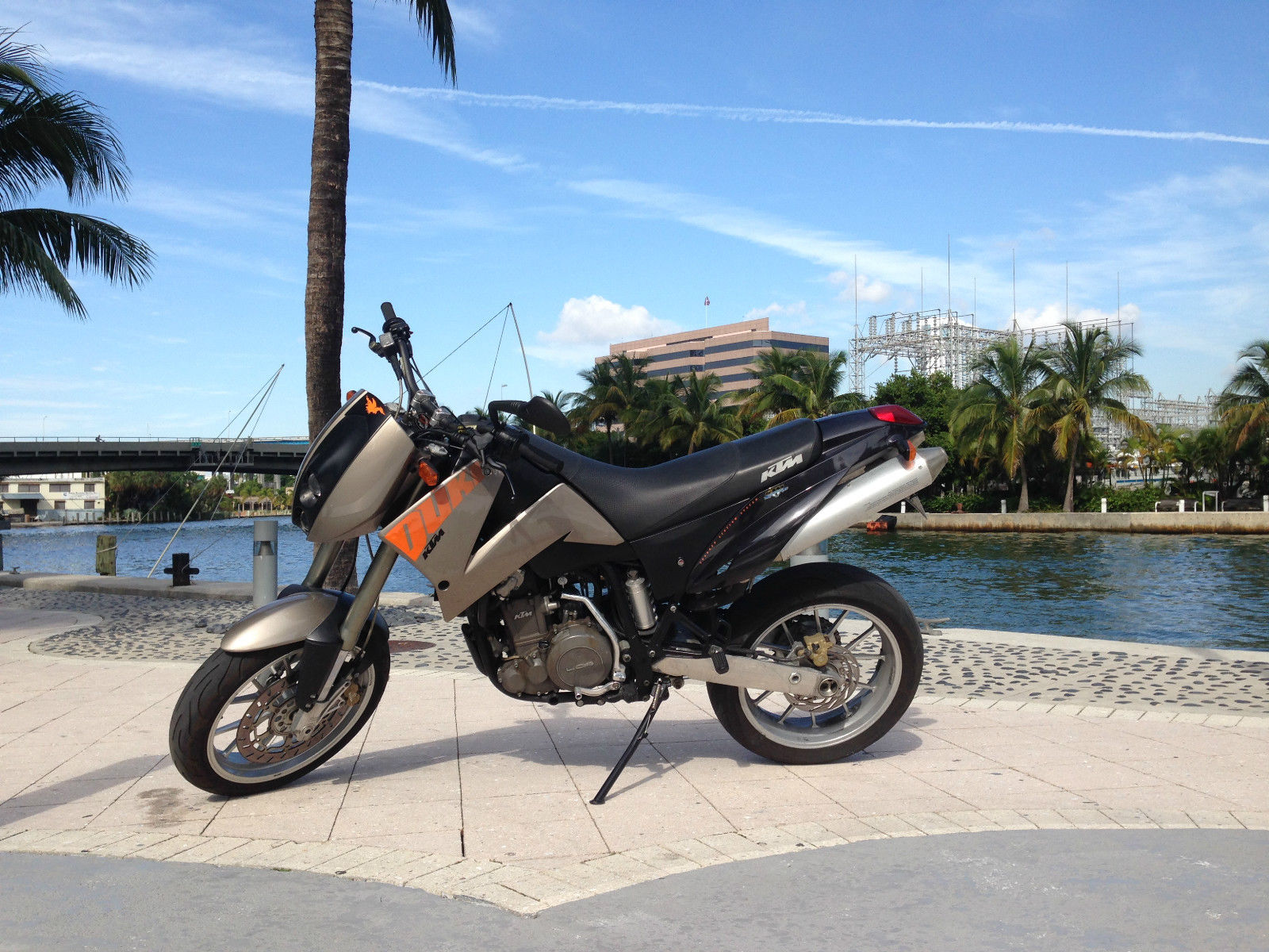 2000 ktm duke 2 640 cc supermoto super moto motard. Black Bedroom Furniture Sets. Home Design Ideas