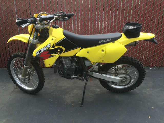 2001 Suzuki DRZ400e DRZ 400 E very nice condition one owner.