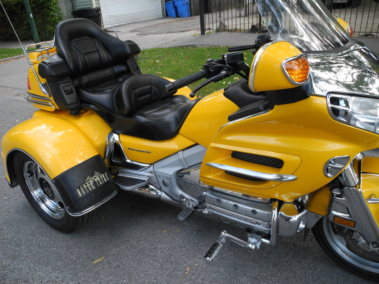 Wing Gold >> 2002 Honda Goldwing GL1800 One owner Motor Trike.