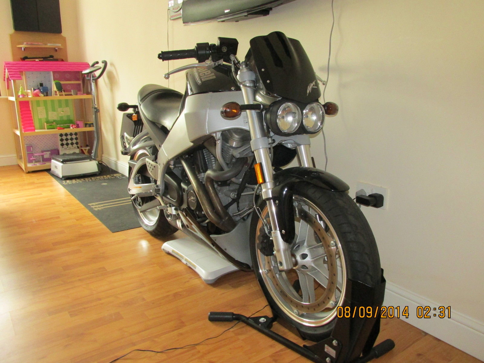 Buell XB9SX custom | Voitures et motos, Motos, Voiture
