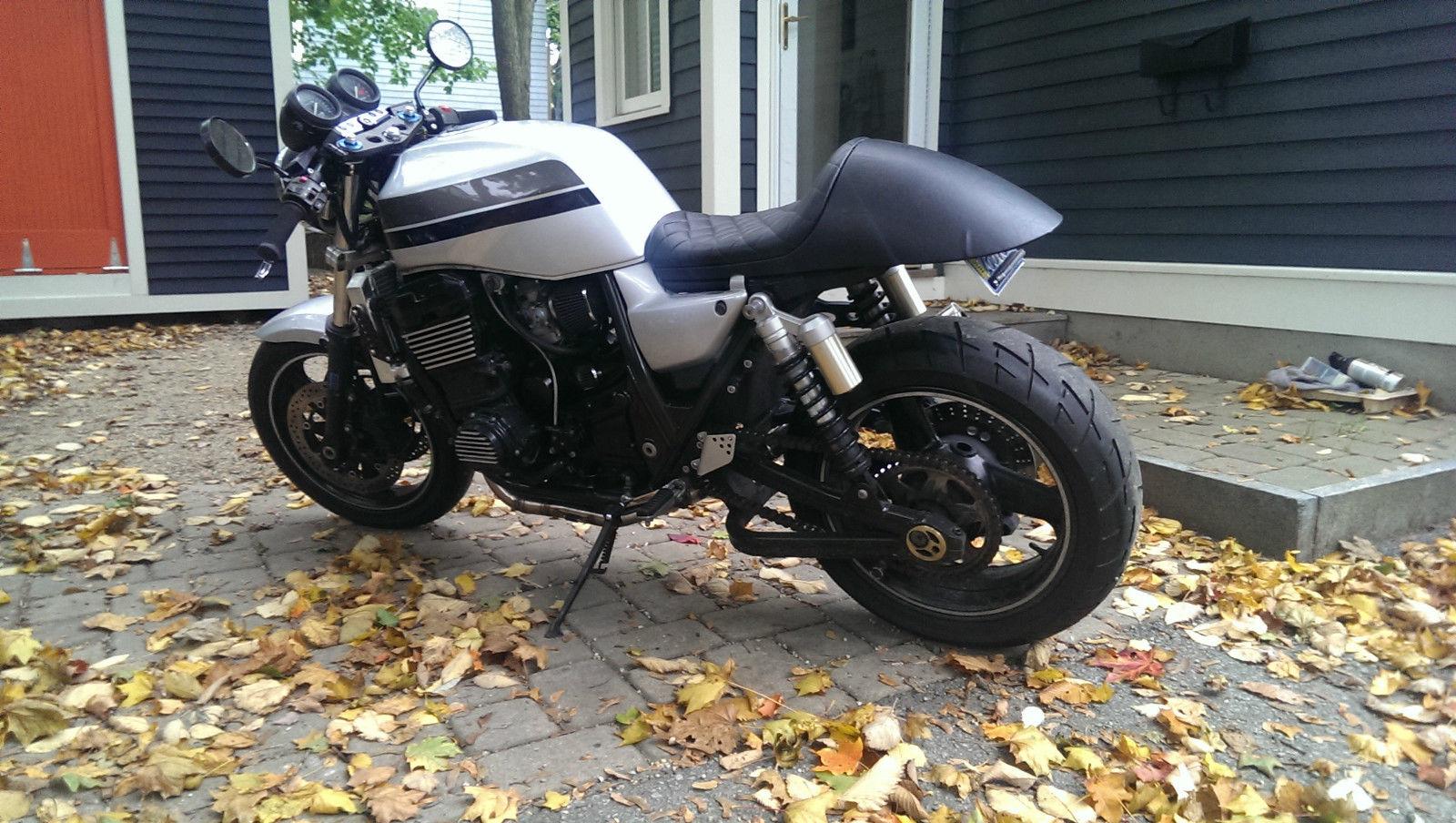ZRX 1200 - Old Superbike | Cafe racer, Scrambler, Bobber
