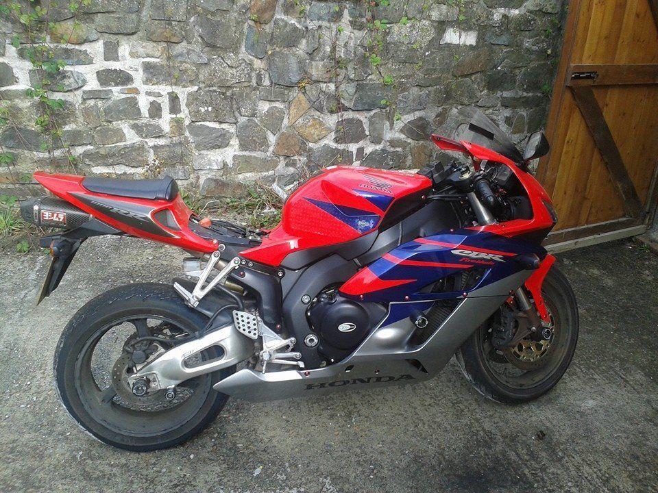 2005 HONDA CBR 1000 RR-5 RED
