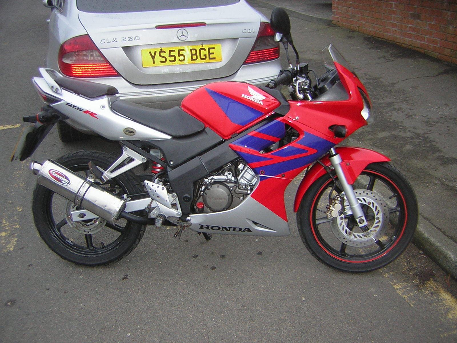 2005 HONDA CBR 125 RW-5 RED / SILVER 55 REG HPI CLEAR ?995
