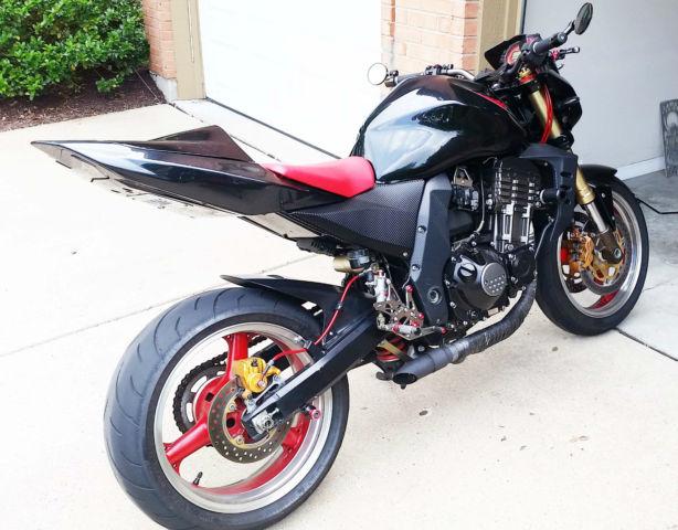 2006 Kawasaki Z1000 Street Fighter, Black Red Trim, Suzuki ...