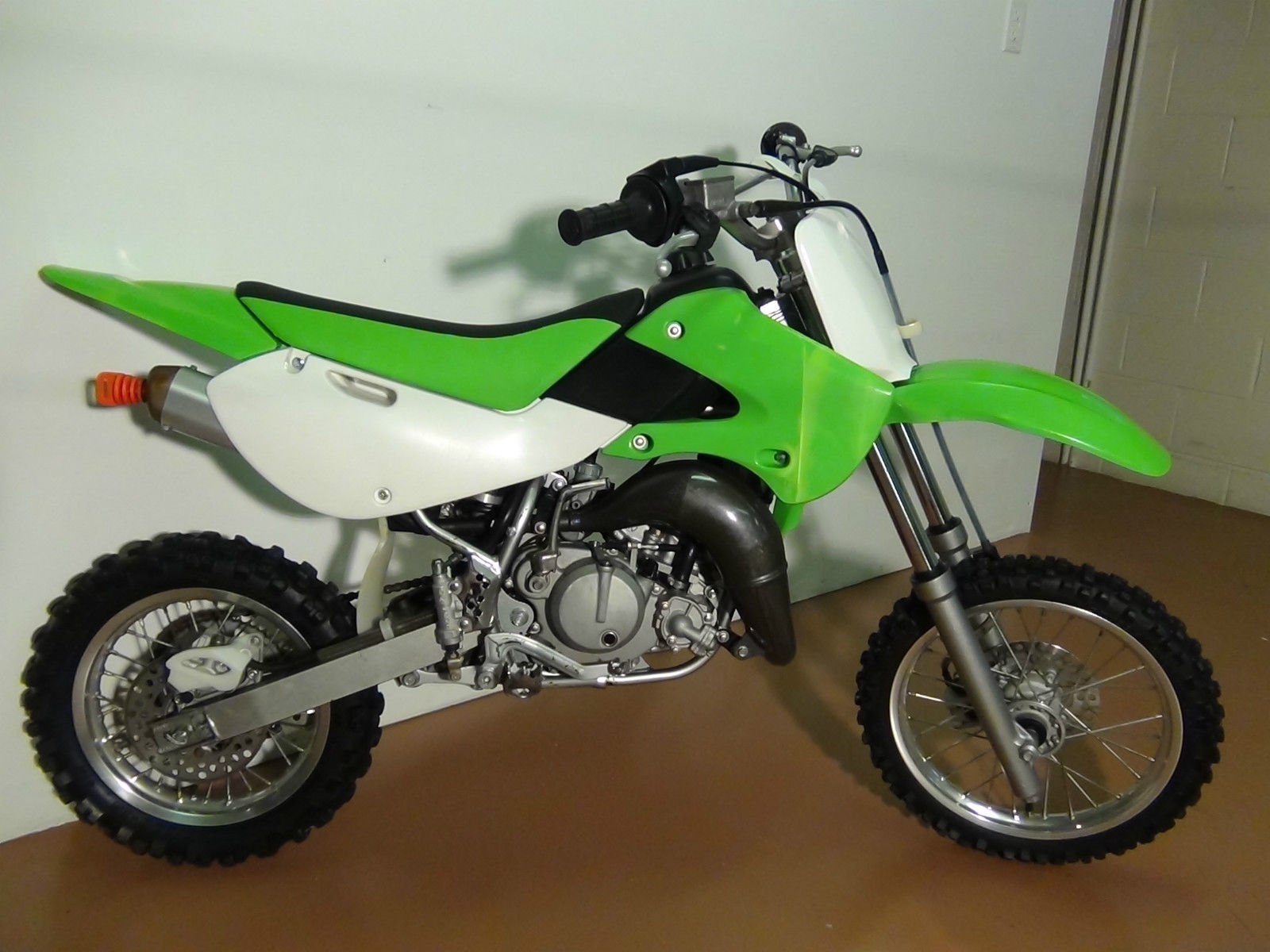 2006 kx 65 kawasaki dirtbike. Black Bedroom Furniture Sets. Home Design Ideas