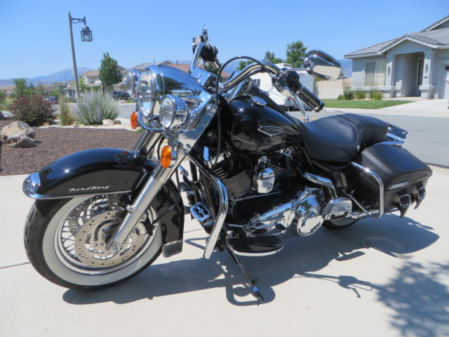 Harley Davidson Flhrc Road King Classic Dimensions