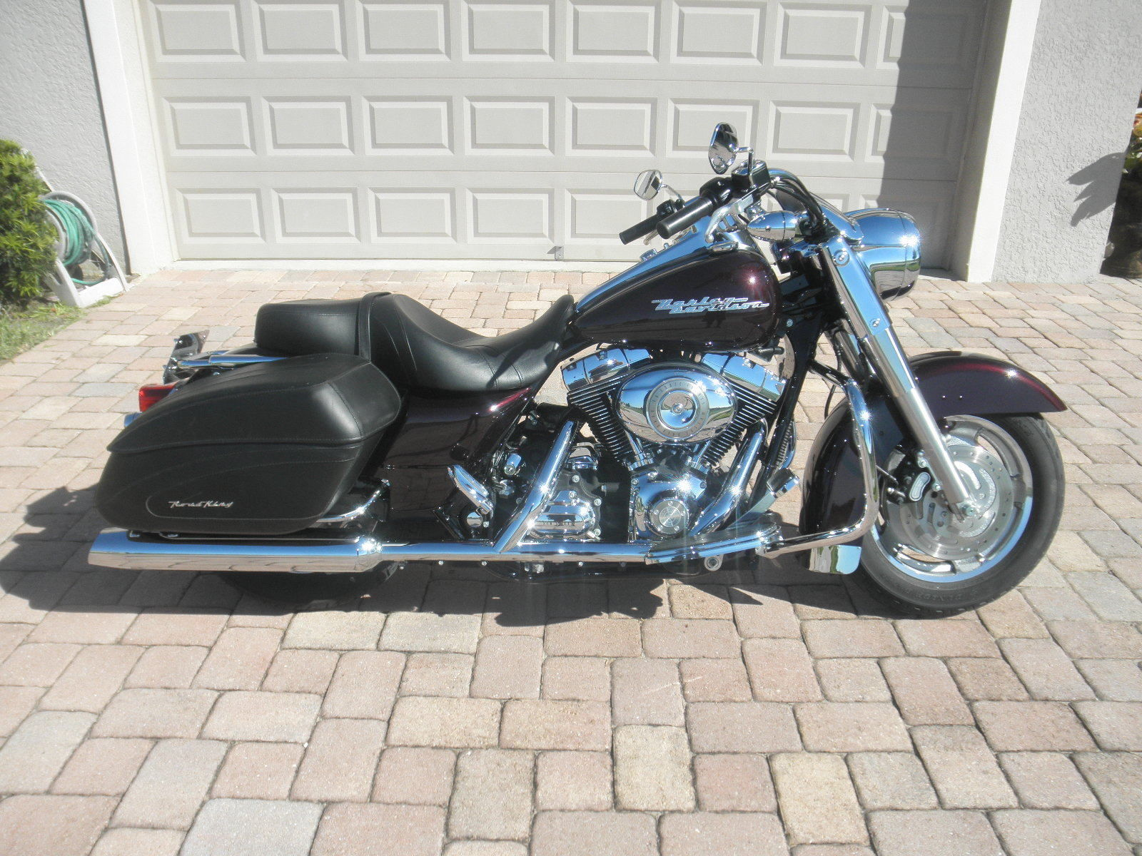 2007 harley davidson road king custom flhrs 11503 miles black cherry pearl. Black Bedroom Furniture Sets. Home Design Ideas