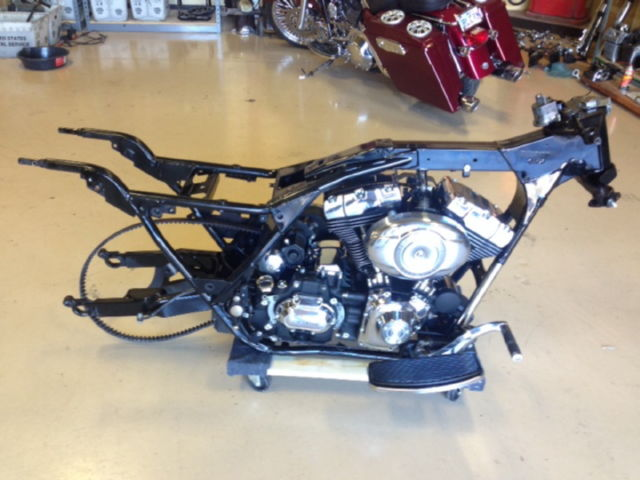 2007 Harley Davidson Road King Frame Engine Tranny Swing Arm