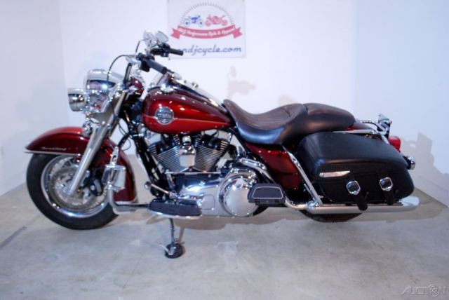 Led Engine Lights Harley Davidson : Harley davidson road king classic chrome extras and