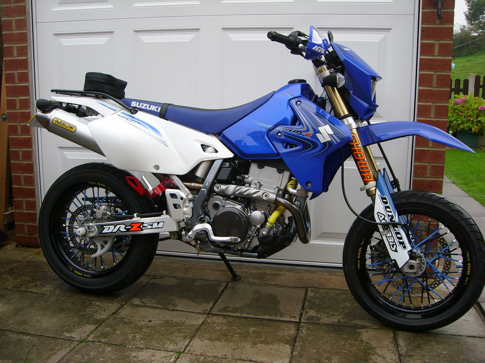 suzuki drz 400 supermoto for sale autos post. Black Bedroom Furniture Sets. Home Design Ideas