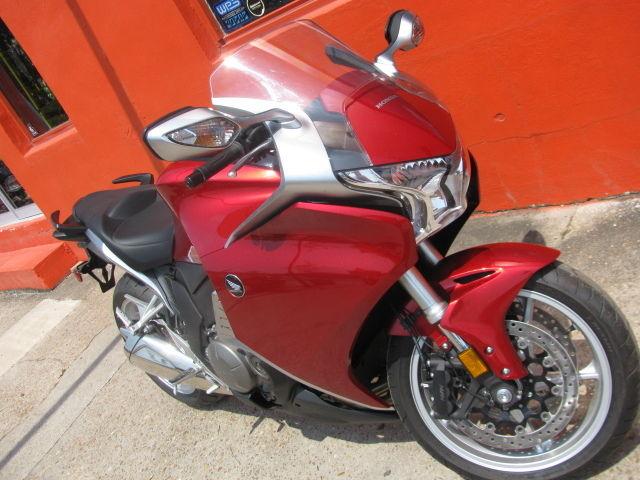 2010 honda vfr1200 red silver extremely low miles still for Honda factory warranty