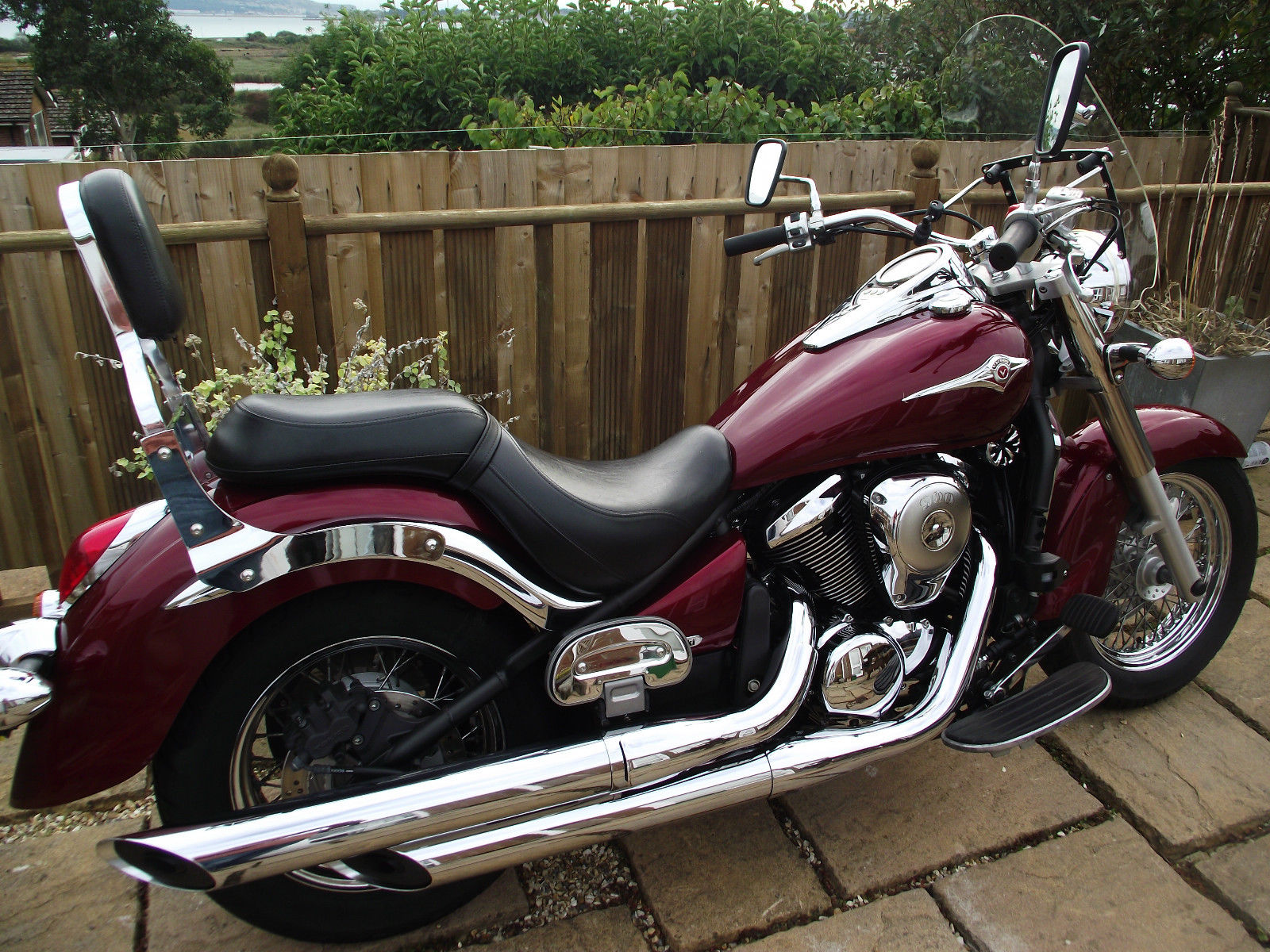 2010 kawasaki vn 900 b9f classic red only 6000 miles one owner. Black Bedroom Furniture Sets. Home Design Ideas