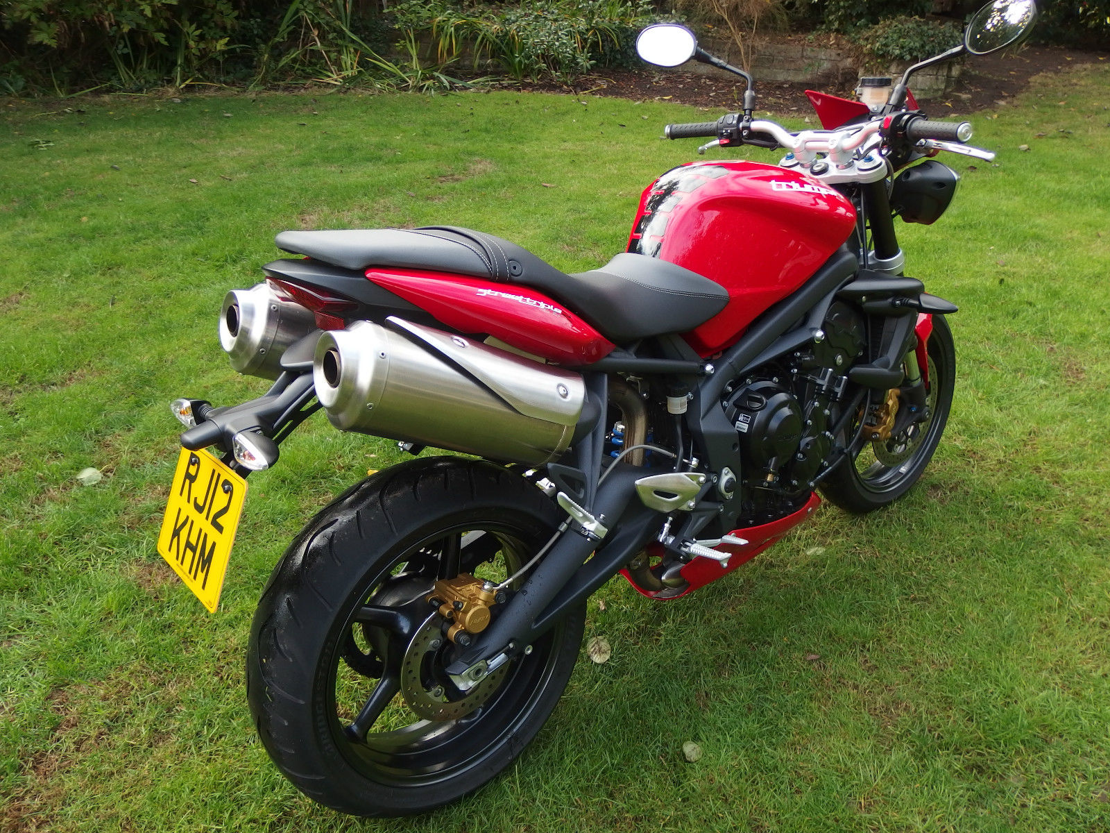 2012 12 triumph street triple r 4k reduced free delivery may px swap. Black Bedroom Furniture Sets. Home Design Ideas
