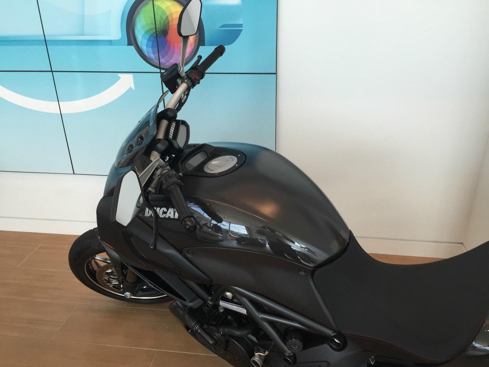 2012 Ducati Diavel Carbon 2 019 Miles