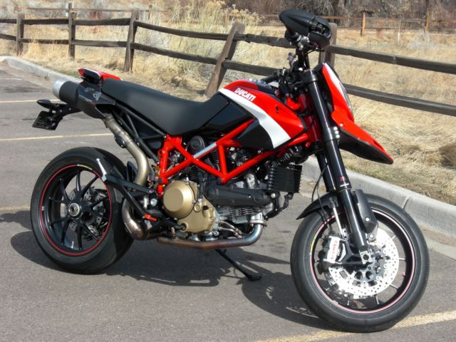 2012 ducati hypermotard 1100 evo sp corse special edition 2575miles. Black Bedroom Furniture Sets. Home Design Ideas