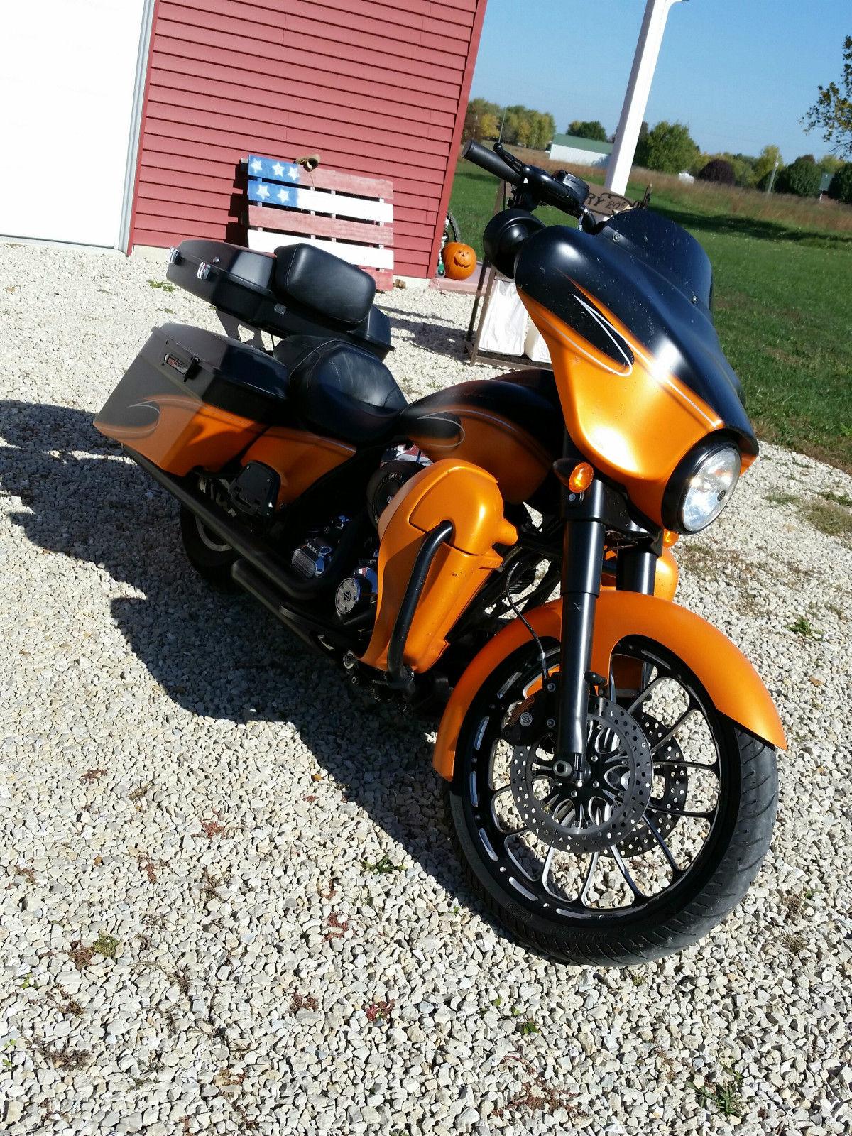 2012 Harley Davidson Street Glide One Of A Kind Custom 103 Cvo Bags