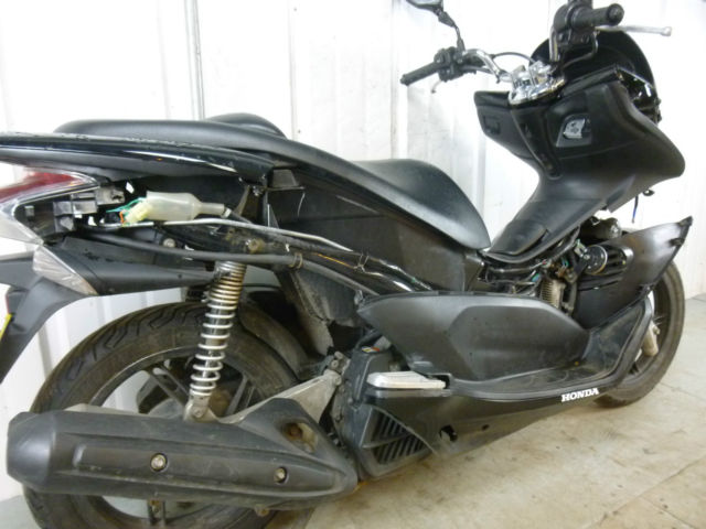 2012 Honda Ww 125 Pcx 125 Damaged Spares Or Repair No Reserve 7443
