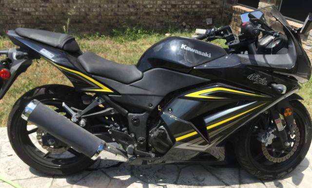 2012 Kawasaki Ninja 250r Blackyellow