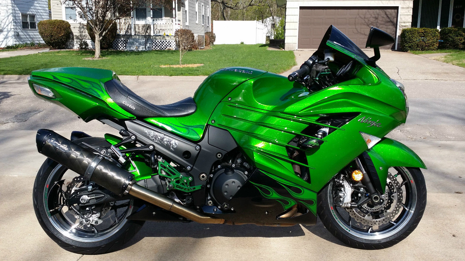 Special Edition Kawasaki Ninja Zx R Golden Blazed Green Cc furthermore Img Qjs S Lcm R likewise B E E D Da D Ead Fc further  in addition Kawasaki Ninja Zx R Zx Zx Full Custom Show Bike Single Side Fat Tire. on custom kawasaki ninja zx 14 seat