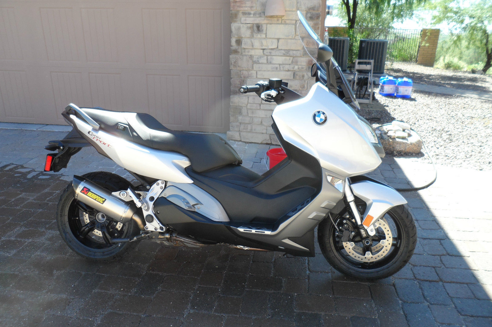 2013 bmw motorcycle scooter c600 sport 1401 miles mint. Black Bedroom Furniture Sets. Home Design Ideas