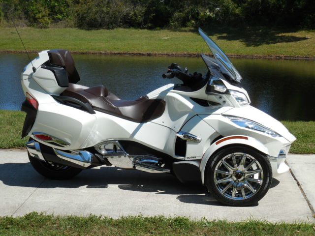 2013 can am spyder rt limited se 5 only 1058 miles flawless. Black Bedroom Furniture Sets. Home Design Ideas