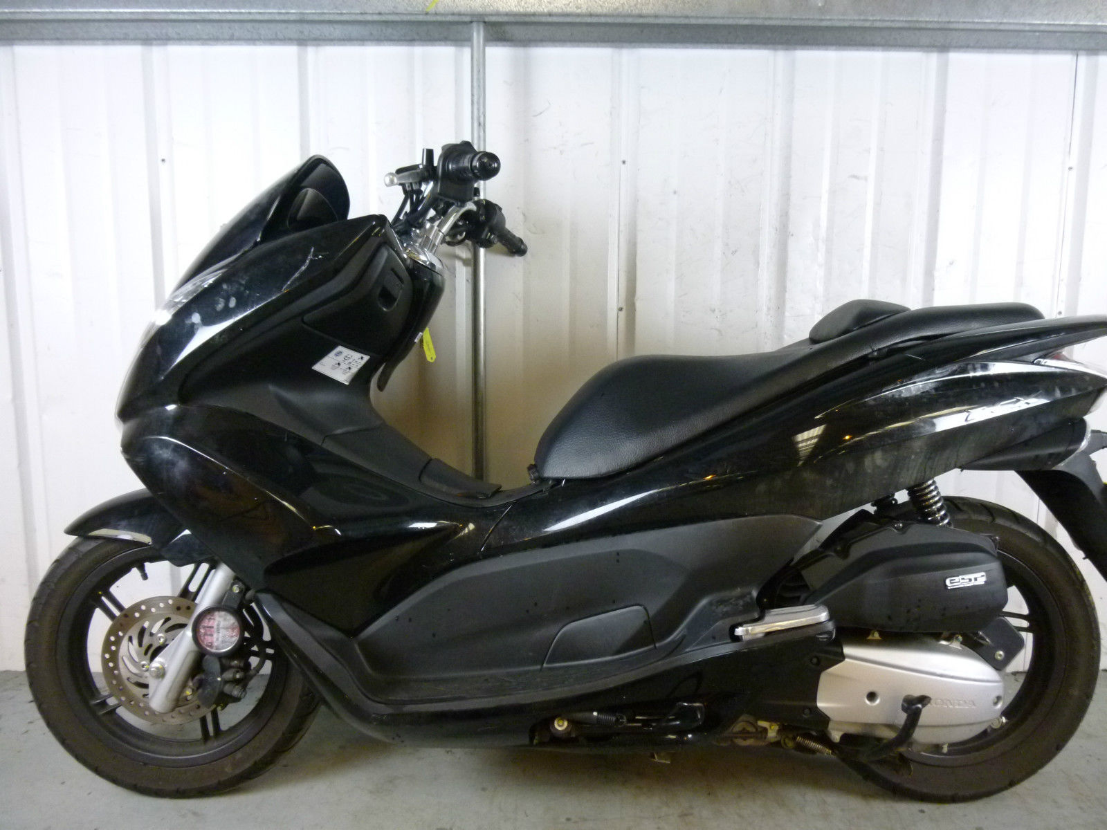 2013 honda pcx 125 damaged spares or repair no reserve 6867. Black Bedroom Furniture Sets. Home Design Ideas