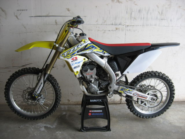 2013 suzuki rmz 250. Black Bedroom Furniture Sets. Home Design Ideas