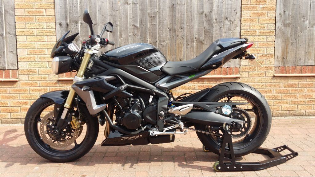 2013 triumph street triple 675 abs plus extras reduced stunning. Black Bedroom Furniture Sets. Home Design Ideas
