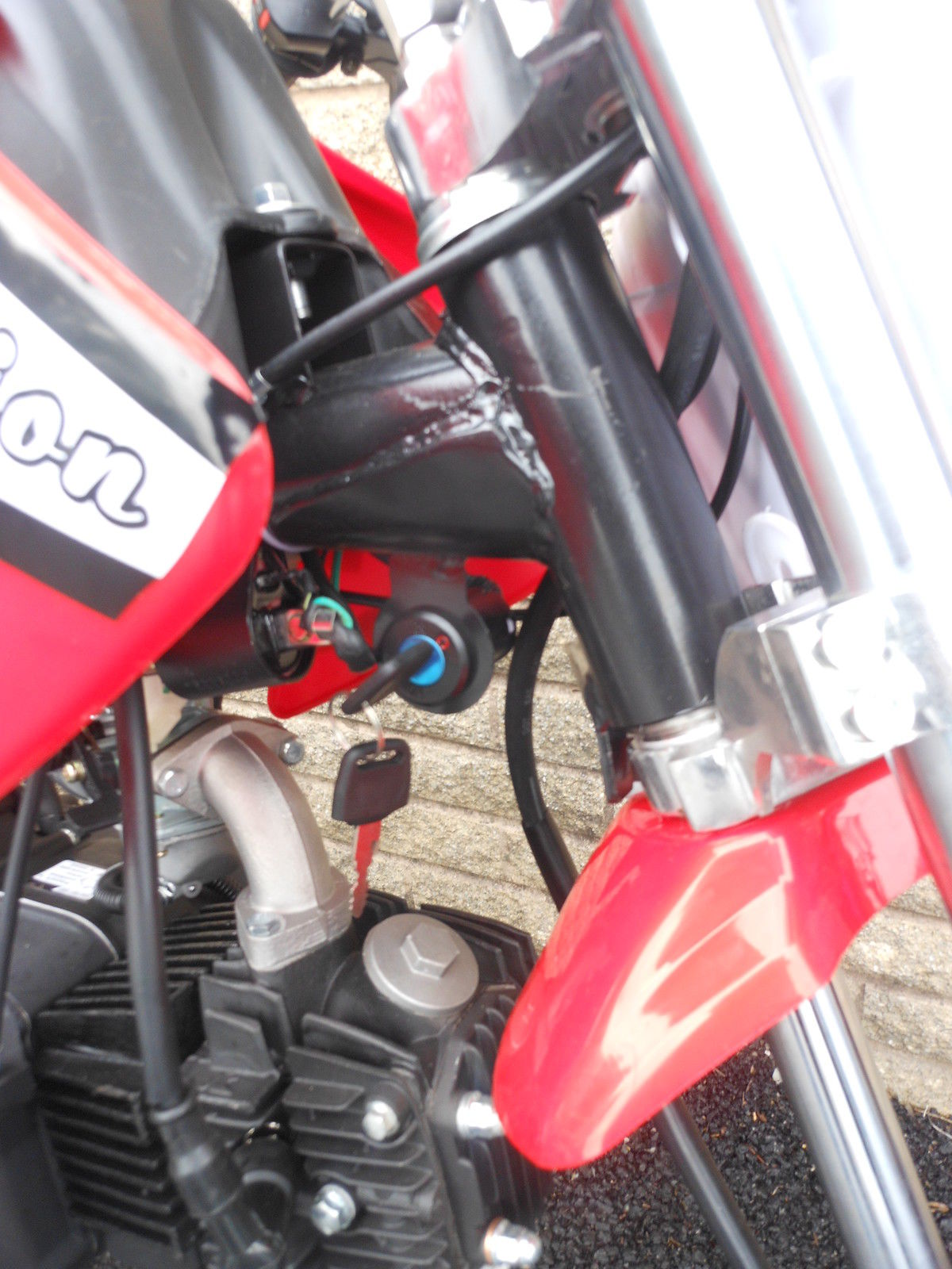 2014 ORION 125cc PIT BIKE IN RED NEW IN BOX