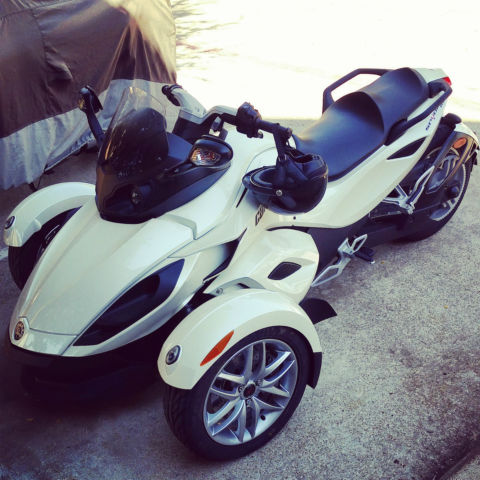2014 White Can-Am Spyder RS SE5 (Automatic)