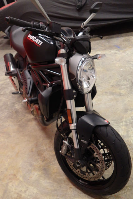 2015 Ducati Monster 821cc Motorcycle Testastretta 11°