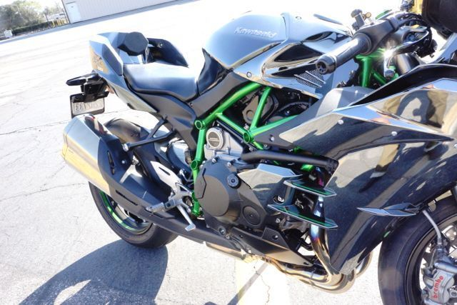 2015 Kawasaki H2 Super Charged Super Bike Only 300 Produced